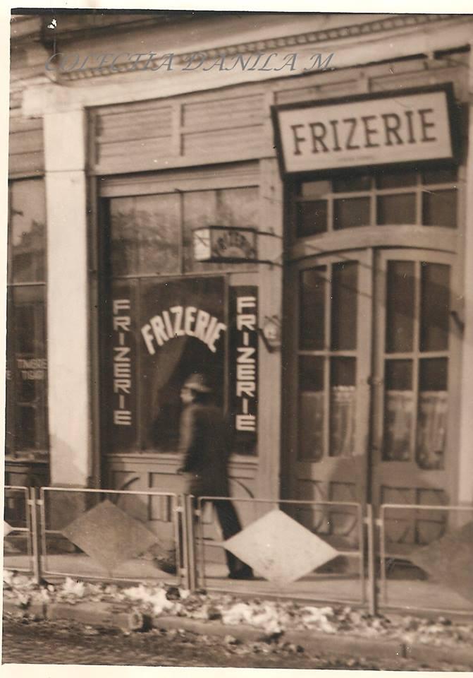 UN ORAȘ, DOUĂ SECOLE (134): Frizeria de pe Strada Mare din Fălticeni