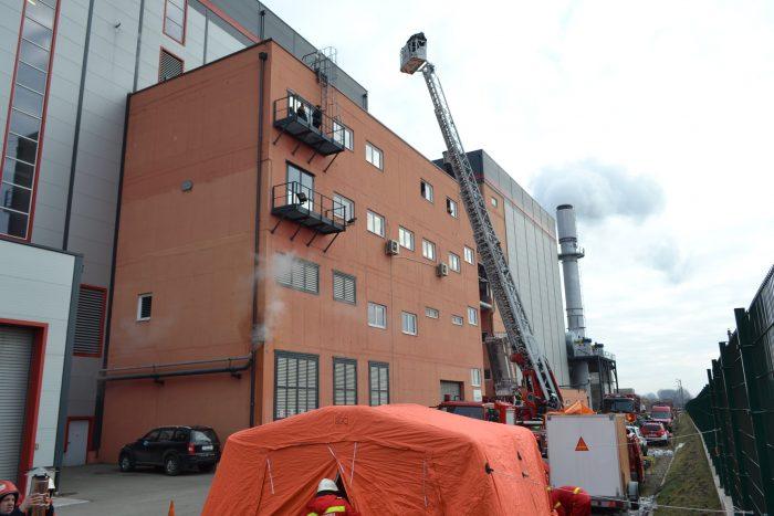 FOTO / Exercițiu de intervenție ISU la Bioenergy Suceava