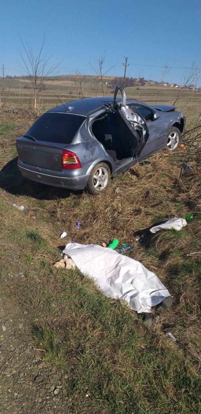 FOTO / Femeie decedată într-un accident rutier la Pătrăuți