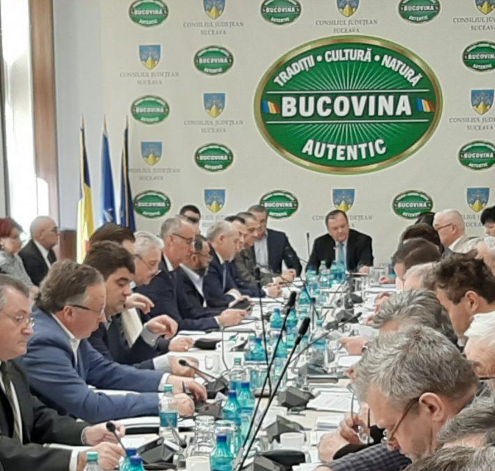 Împărțirea sărăciei a aprins din nou spiritele în CJ Suceava, cu ocazia repartizării fondului către Primării