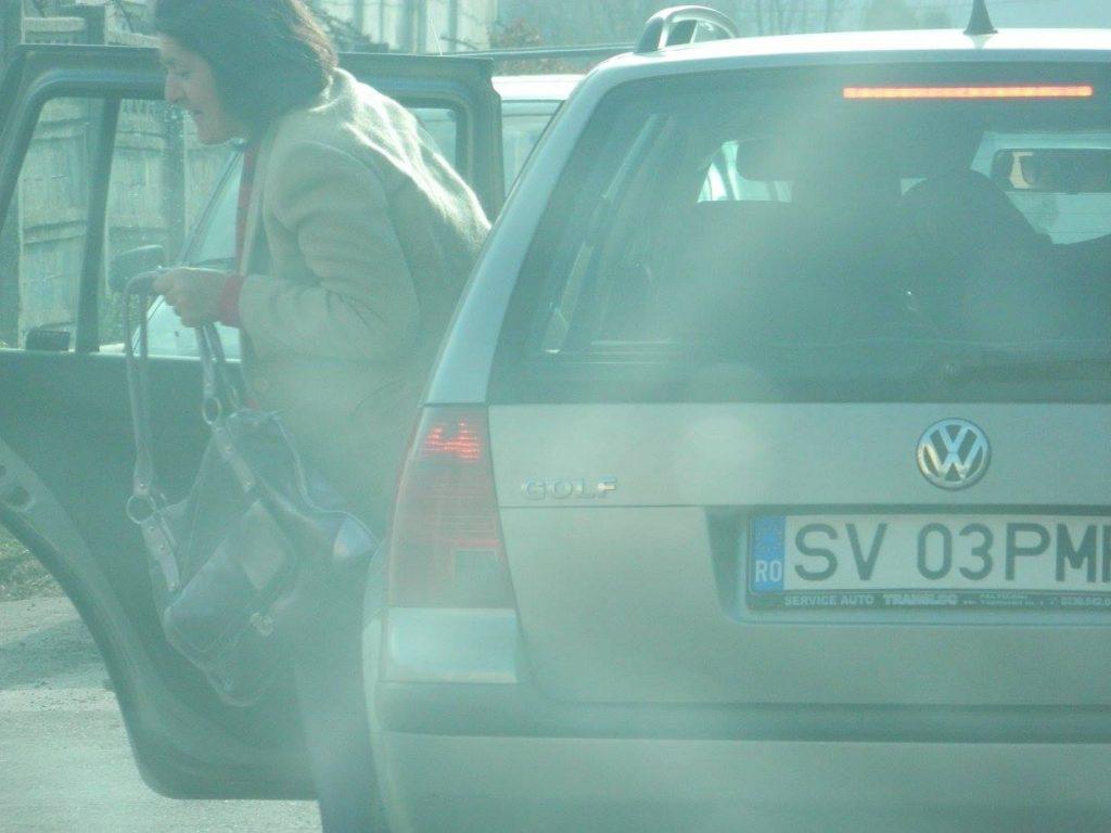 Masina Primariei municipiului Falticeni fotografiata duminica 02.11.2014- sursa foto ACL Falticeni