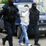 Percheziții în județul Suceava pentru destructurarea unui grup infracțional organizat specializat în contrabandă cu țigări