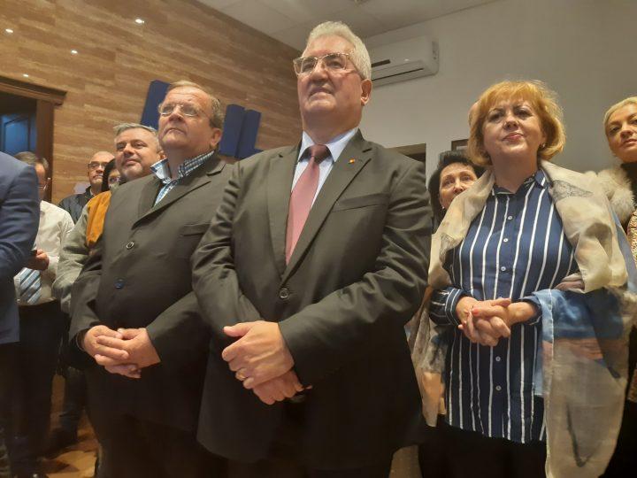 """Suceava, după exit-polluri la prezidențiale⁄ Bucurie la PNL, amărăciunela PSD.Flutur: """"Este o mare victorie pentru Klaus Iohannis"""""""
