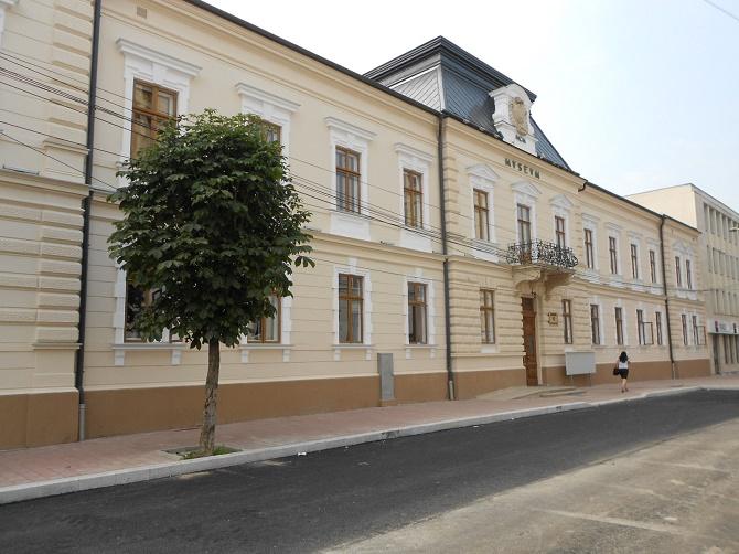 Studio TVR la Muzeul de Istorie Suceava cu prilejul aniversării a 100 de ani de la unirea Basarabiei cu România