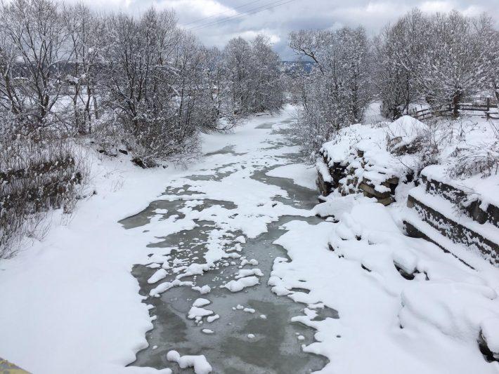 Aglomerărilor de ghețuri nu creează probleme pe râurile din zona de munte a județului Suceava