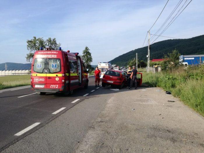 Grav accident produs de un sucevean în județul Bistrița Năsăud: un copil a fost transportat cu elicopterul la o clinică din Târgu Mureș