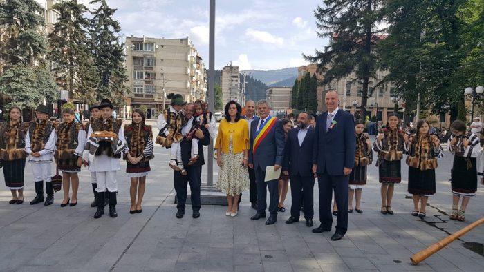 """Caravana """"Zestrea Bucovinei"""" s-a plimbat și pe la Câmpulung Moldovenesc"""