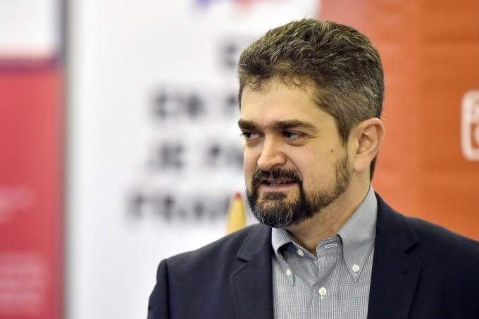"""Andronache se arată încântat de candidatura lui Paleologu, """"președintele învățător"""""""