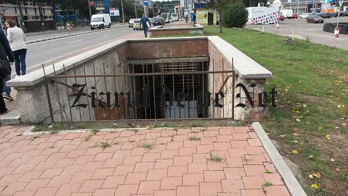 """Consilierii locali suceveni se fac că muncescla refacerea pasajului pietonal de la Carrefour.Lungu : """"Nu a fost funcțional nici pe vremea lui Ceaușescu"""""""