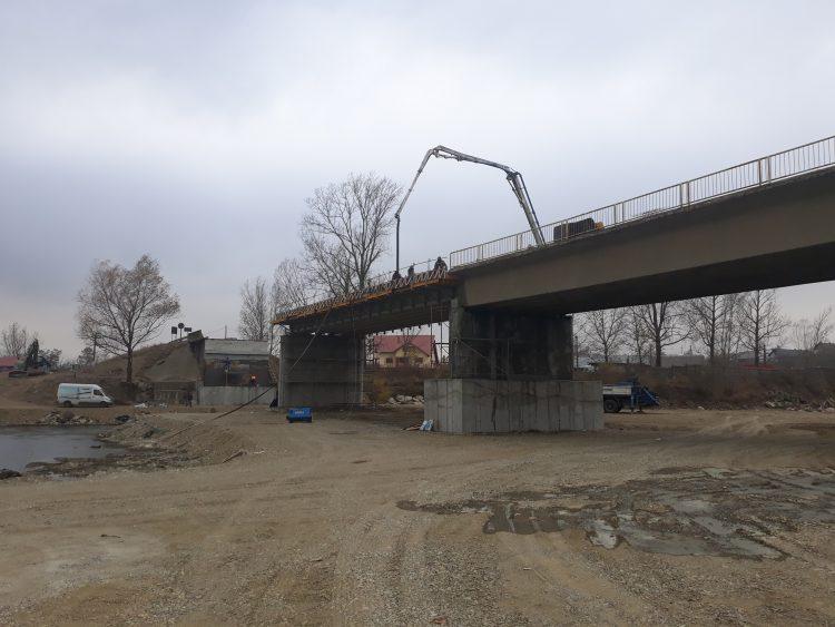 Podul refăcut de la Milișăuți va fi redeschis pe 17 decembrie