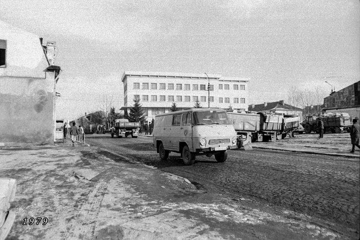 UN ORAȘ, DOUĂ SECOLE (100): Așa au apărut piața și magazinul Nada Florilor din Fălticeni