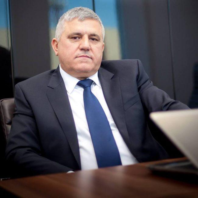 Mihalescul ia la întrebări ministrul Educației pe tema diminuării claselor de liceu în județul Suceava