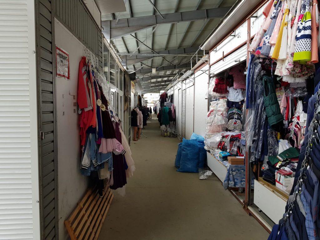Bazarul Suceava a fost redeschis, cu program între orele 6 – 14
