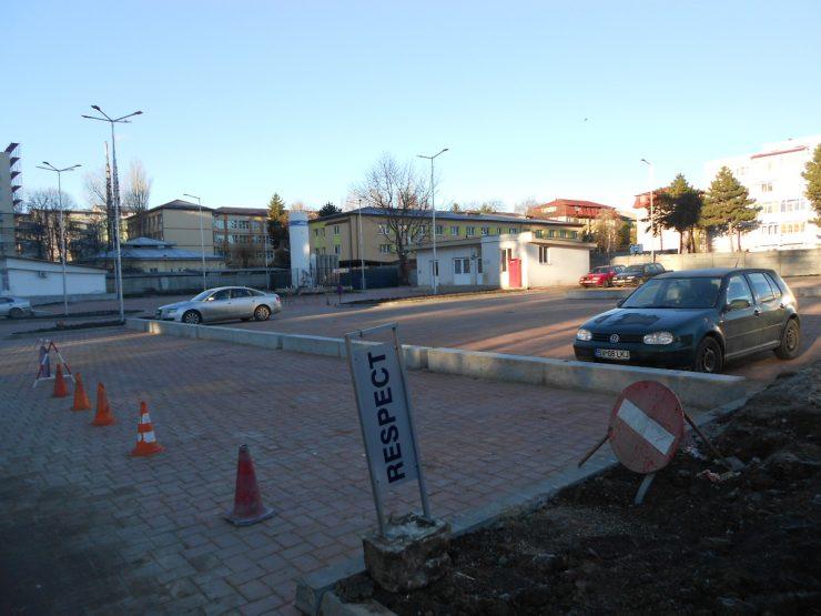 Tariful de parcare de la Spitalul Județean Suceava, de două ori mai scump decât în centrul orașului