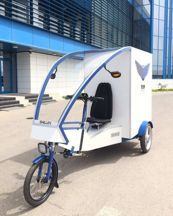 Cargobike electric produs de un inginer fălticenean pentru servicii de curierat