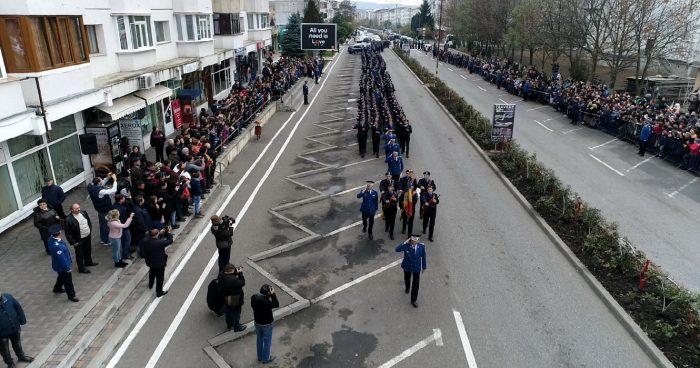Tinerii jandarmi fălticeneni au depus jurământul