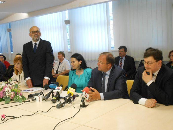 """Ministrul Sănătății taie avântul lui Rîmbu și Flutur : """"Spitalul Județean Suceava nu va fi clinic universitar, dar poate deveni de importanță regională"""""""