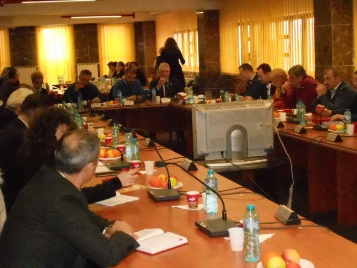 Salariile mai mari pentru angajații Primăriei Suceava nu au fost votate de consilierii locali PSD