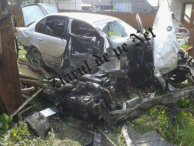 Puștanul de 15 ani care a nenorocit doi tineri și a făcut praf un BMW era băut. Probele de sânge au demonstrat că acesta consumase alcool înainte de a se urca la volan