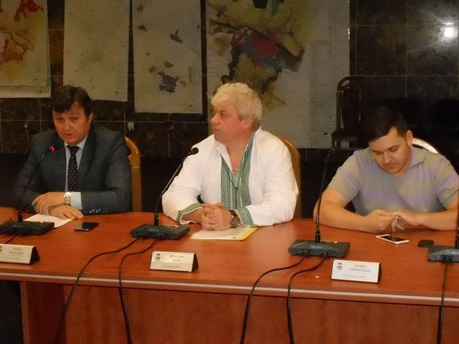 FOTO: Ziarul de pe Net