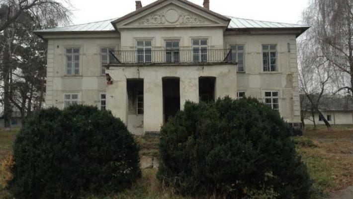 Descendentul domnitorului Moldovei Ioniţă Sandu Sturdza a donat Ministerului Culturii Casa Vârnav-Liteanu din Liteni