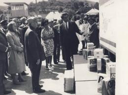 Ceausescu la Intreprinderea chimica Falticeni (1)