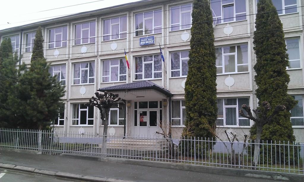Colegiul Mihai Bacescu