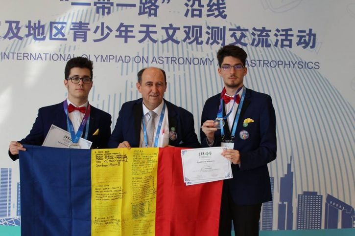 Olimpicii internaționali Turturean și Rebenciuc premiați cu câte 7.000 lei de Consiliul Local Suceava