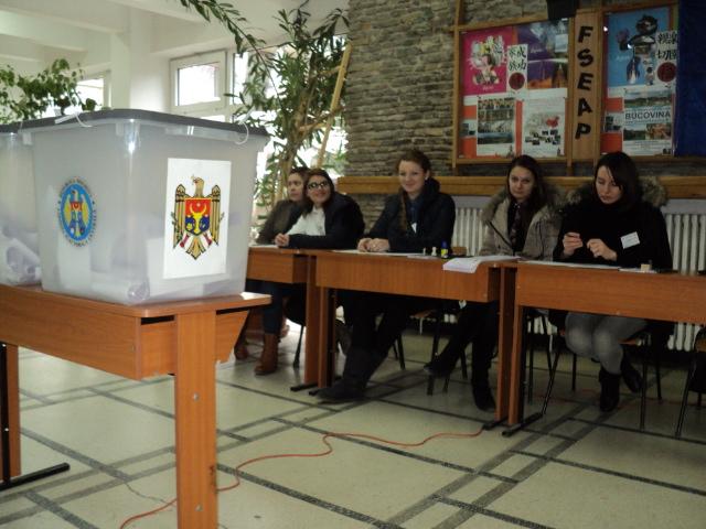 Secție de votare la USV pentru cetățenii moldoveni la alegerile parlamentare, pe 24 februarie
