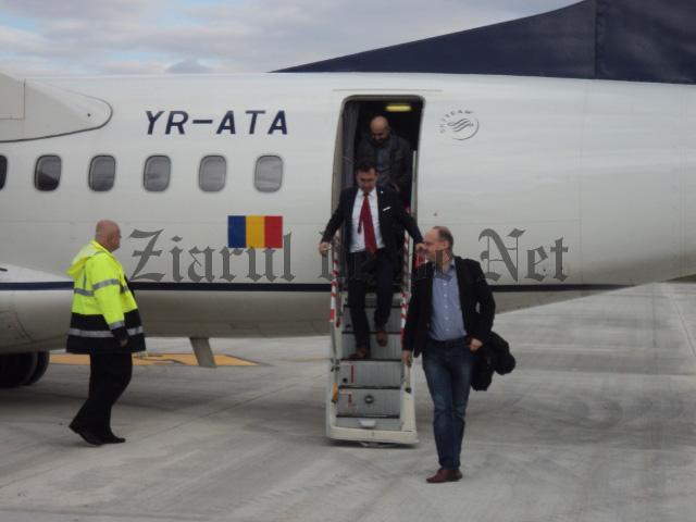 Ovidiu Dontu prima debarcare pe aeroportul nou 12.11.15