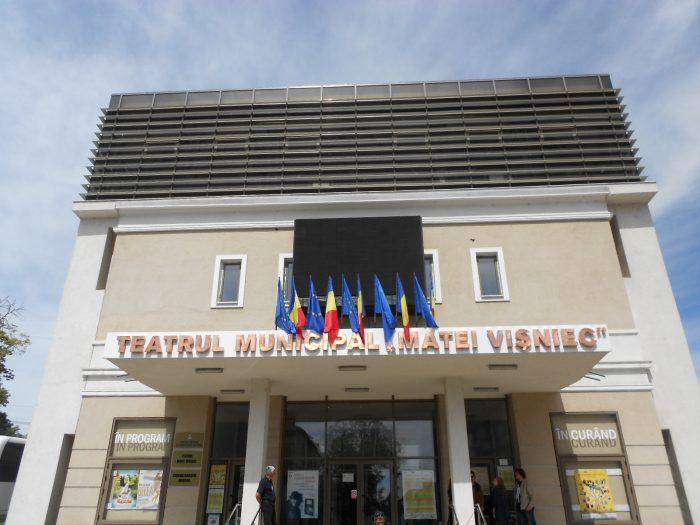 Tarife noi la Teatrul Matei Vișniec Suceava: 40 lei premierele proprii, 30 lei spectacolele