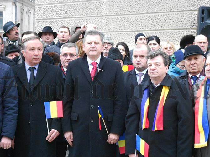 """Manevră de""""albire"""" în preziua alegerilor.Oprișan îi cere demisia senatorului sucevean Iordache:""""Adovedit lipsa oricăror valori comune cu viziunea şi programul politic al PSD"""""""