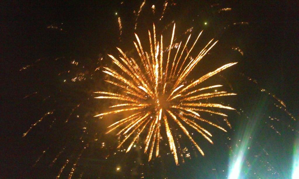 Falticeni focuri artificii anul nou (14)
