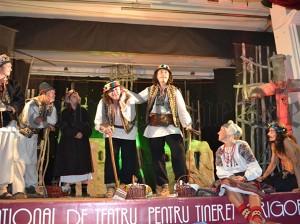 Festivalul Intenational de Creatie si Interpretare Gr.V. Birlic 01