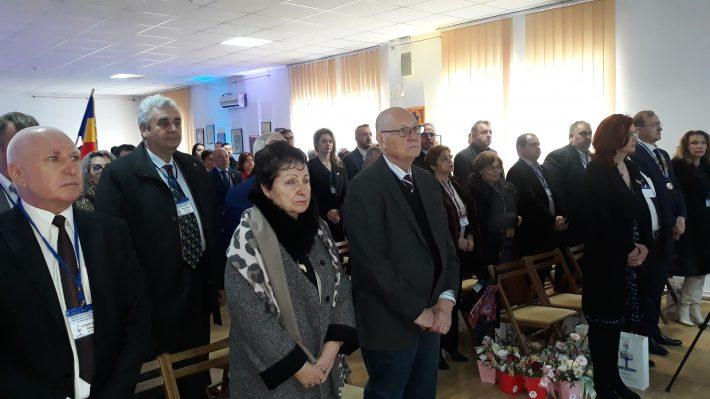 """Rotarienii au lansat o nouă ediție a volumului """"Fălticeni – mon amour"""" al lui Grigore Ilisei cu prilejul ceremoniei de chartare"""