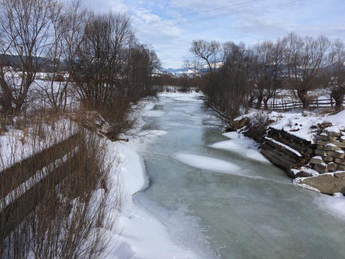 Risc scăzut de inundații din cauza gheții de pe râurile de munte
