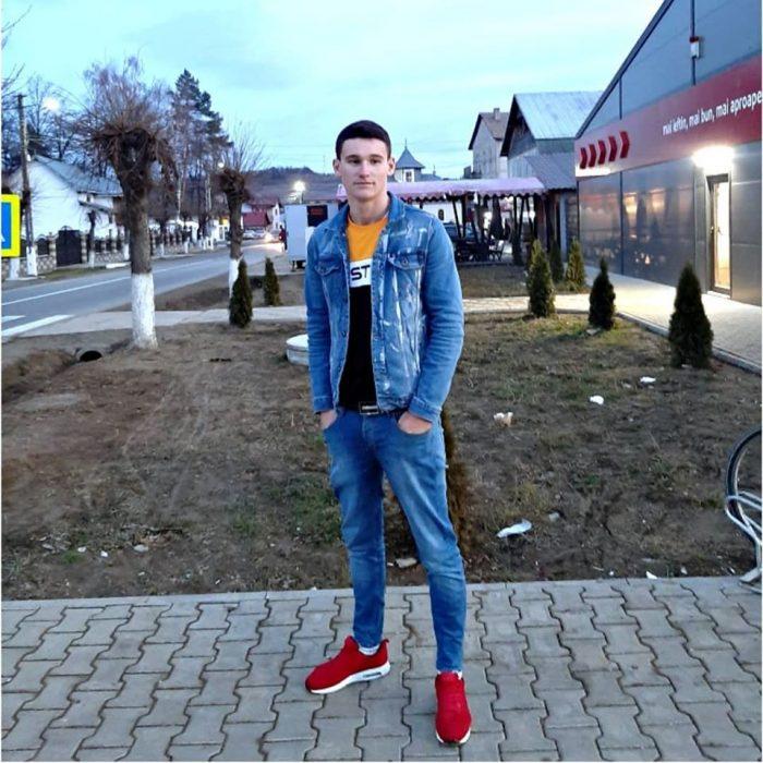 Ilie Muscă, individul din Mălini care a înjunghiat un agent de pază în fața unui club din Fălticeni, arestat în lipsă la o lună de la tentativa de omor