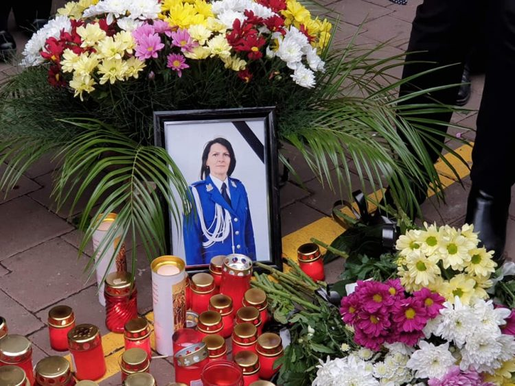 Șoferul vinovat de uciderea Irinei Airinei, arestat pentru 30 de zile. Fetița jandarmeriței va fi transferată la o clinică din București