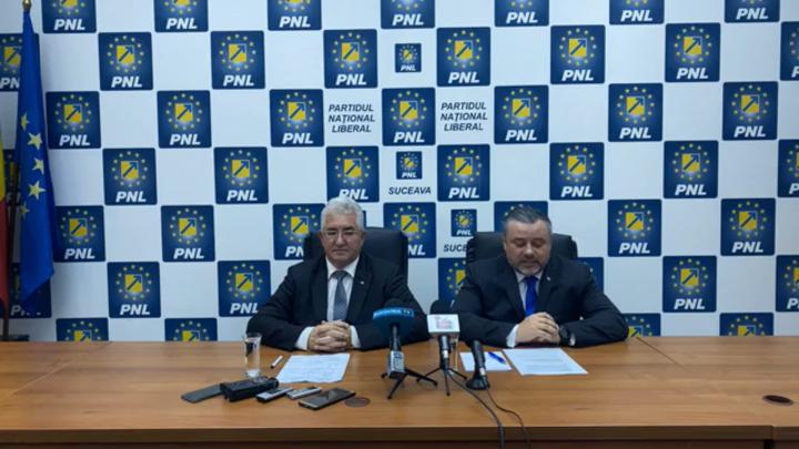"""Lungu le recomandă sucevenilor să-l voteze pe Iohannis, după ce în 2014 a fost de partea lui Ponta: """"Nu a fost din vina mea, am fost folosit cu forța de PSD"""""""
