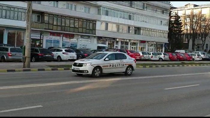VIDEO  Imnul României a răsunat prin megafoanele autospecialelor de poliție