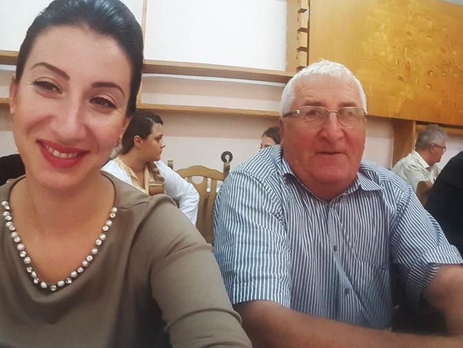 Oana Pintilei selfie la sedinta CJ SV 19.07.16