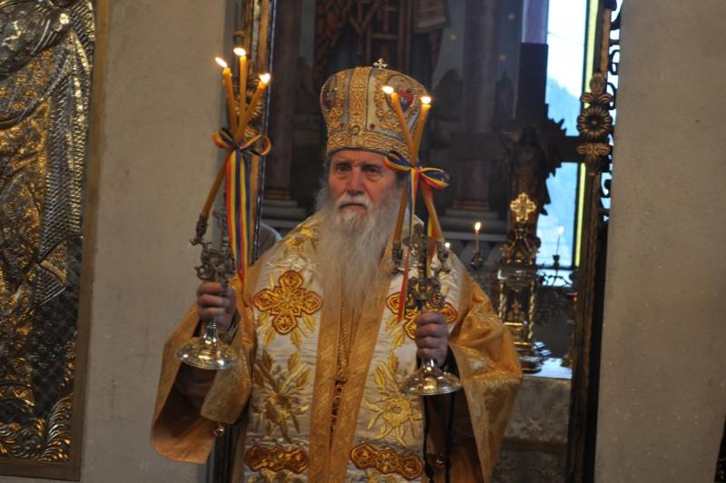 """Arhiepiscopul Pimen cheamă la rugăciunepentru soția și copiii preotului Gavril: """"Ne rugăm Preasfintei Treimi să le dăruiască har şi putere ca să biruiască durerea copleșitoare"""""""