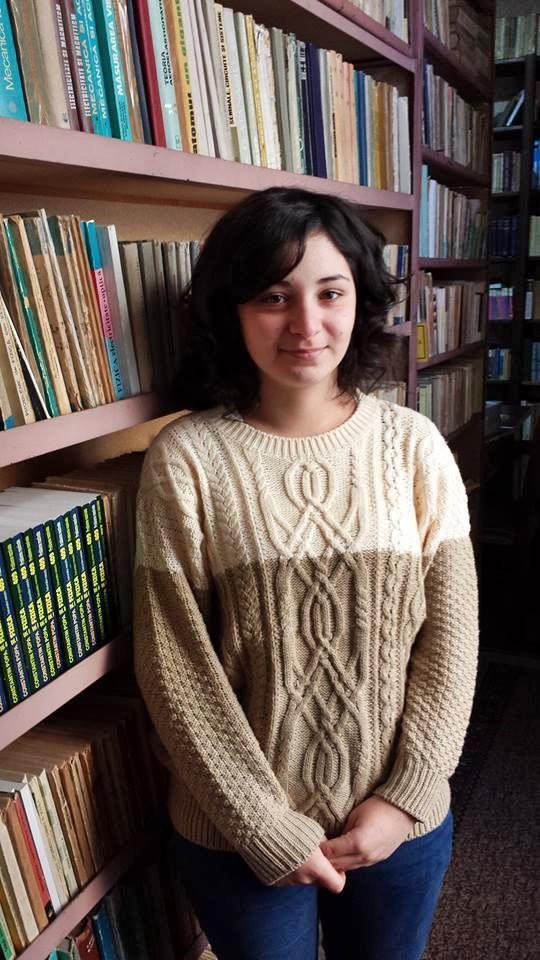 Roxana Gavrilut (5)