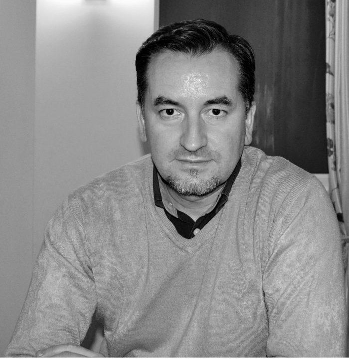 """VIDEO/ Sergiu Jipa la emisiunea PRIMA ORĂ de la Televiziunea Intermedia Suceava:""""Un om politic nu își asumă transformarea noului Spital Fălticeni în spital COVID-19. De această dată, primarul Coman a făcut un pas în spate și l-a lăsat singur pe managerul spitalului"""""""