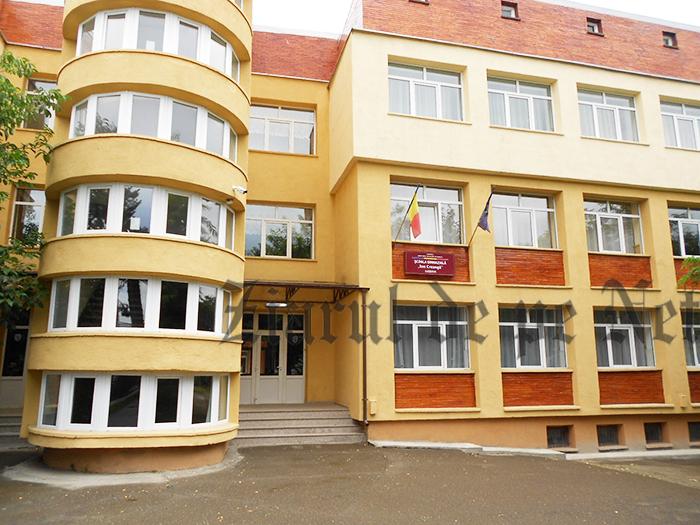6 unități de învățământ din municipiul Suceava, fără autorizații de funcționare