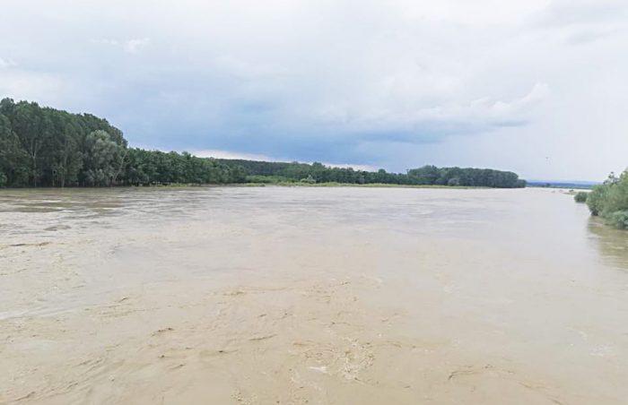 Deversări din lacurile de acumulare din bazinul hidrografic Siret