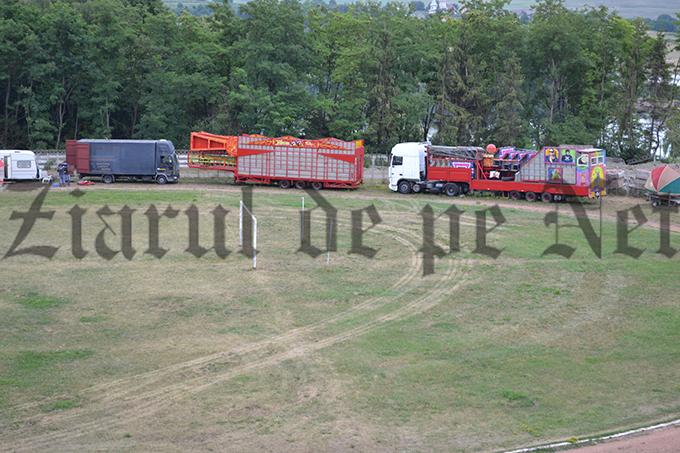 Stadionul Nada Florilor pregatiri de circ 13.07 (4)