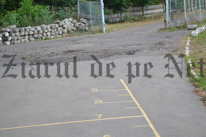 Stadionul Nada Florilor pregatiri de circ 13.07 (5)
