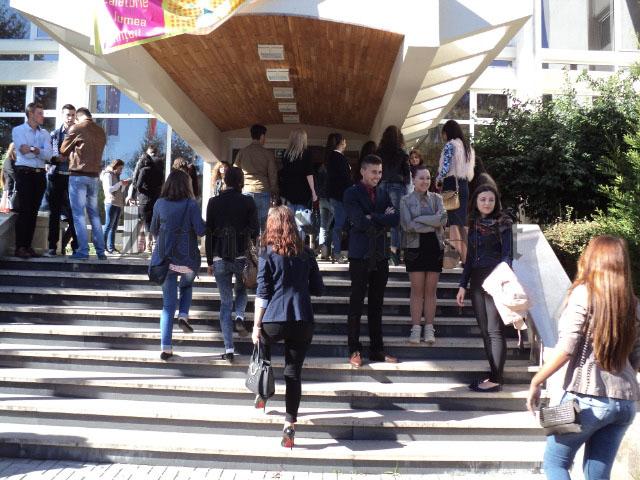 5.000 de locuri scoase la concurs de USV, în viitorul an universitar