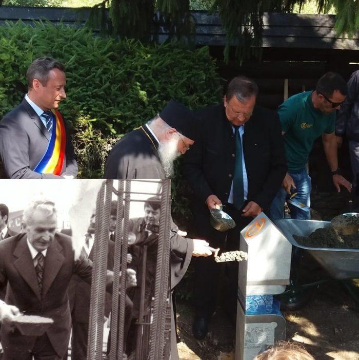 Via Transilvanica a fost inaugurată la Putna ca pe vremea lui Ceaușescu: politicieni social democrați și liberali au turnat beton cu canciocuri la temelia bornei